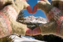Liebe für Berge lizenzfreie stockbilder
