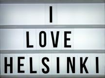 Liebe Helsinki des Leuchtkastens I Stockbild