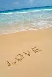Liebe im Sand. Stockfotografie