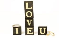 Liebe mit Ringen Stockbild