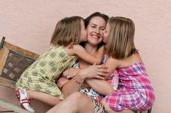 Liebe - Mutter mit Kindern stockfoto