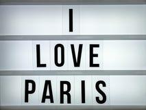 Liebe Paris des Leuchtkastens I Stockbilder