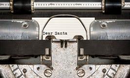 Liebe Sankt geschrieben auf einer alten Schreibmaschine Lizenzfreies Stockbild