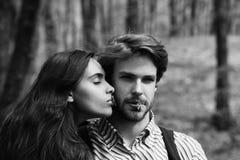 Liebe und Beziehungen, Freundschaft und Romanze, Paare in der Liebe lizenzfreies stockfoto