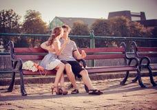 Liebe und Neigung zwischen einem Paar Stockfotos