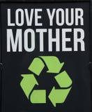 Lieben Sie Ihre Klima Mutter Erde aufbereiten Zeichen stockbild
