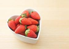 Liebes-Erdbeere Stockbilder