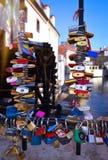 Liebes-Verschlussbrücke Prag stockbild