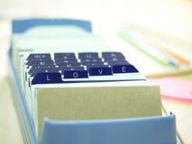 Liebesbrief auf Namenkartenkasten Stockfotos
