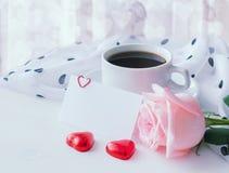 Liebeshintergrund in den kalten Pastelltönen Lizenzfreie Stockbilder