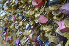 Liebessymbole in Paris, Frankreich Stockbild