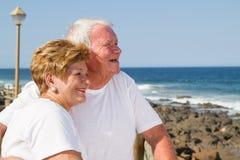 Liebevolle ältere Bürger lizenzfreies stockbild