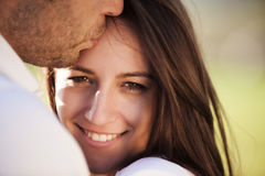 Liebevolle Paare lizenzfreie stockfotografie