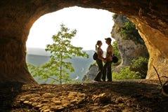 Liebevolle Paare und die schöne Ansicht Stockbild