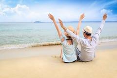 Liebhaber auf dem Strand Stockbilder