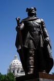 Lief Elrikson statue. With Minnesota State Capitol behind Royalty Free Stock Photography