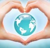 Liefde aan aarde Stock Foto's