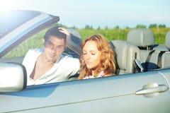Liefde in cabrio Royalty-vrije Stock Foto