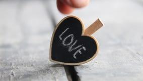 Liefde of de dag uitstekend concept van Valentine ` s met hart Retro stijl stock footage