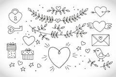 Liefde decoratieve uitstekende elementen op witte achtergrond Hand getrokken inzameling met hart, vleugels, tak met bladeren, vog Stock Foto's