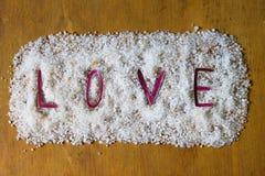 Liefde die in Zout wordt geschreven Royalty-vrije Stock Foto