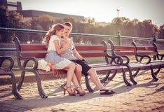 Liefde en affectie tussen een paar Stock Fotografie
