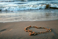 Liefde en het overzees royalty-vrije stock afbeeldingen