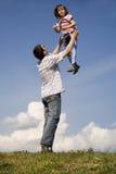 Liefde en pret van vader en kind Royalty-vrije Stock Foto's