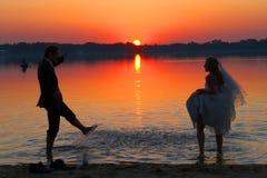 Liefde en zonsondergang Stock Fotografie