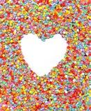 Liefde, hart, huwelijk, de achtergrond van regenboogconfettien, Royalty-vrije Stock Foto