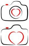 Liefde met het hart van de fotografiecamera met het embleem van de lijnkunst royalty-vrije illustratie