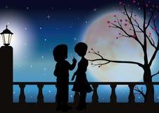 Liefde onder het maanlicht, Vectorillustraties Stock Foto