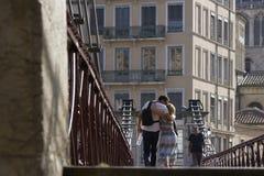 Liefde op de brug Stock Foto's