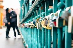 Liefde` s sloten! Stock Afbeeldingen