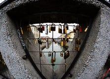 Liefdesloten in Milaan Stock Afbeelding
