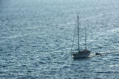 Lieferung im Meer Lizenzfreie Stockbilder