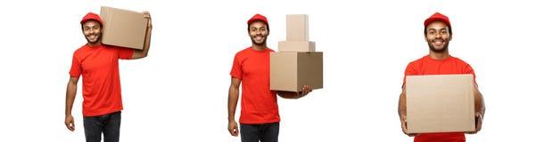 Lieferungs-Konzept - Satz des Porträts des glücklichen Afroamerikanerlieferers im roten Stoff, der ein Kastenpaket hält Getrennt Lizenzfreies Stockfoto