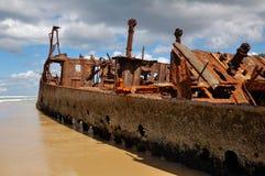 Lieferungs-Wrack des Maheno auf Fraser Insel Stockfotos