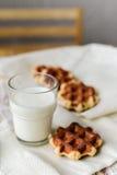 Liege gofry z mlekiem Fotografia Royalty Free