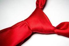 Lien rouge d'écarlate avec le noeud Photo stock