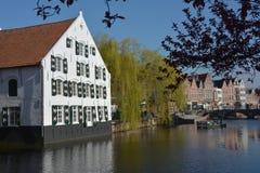 LIER, BELGIË - APRIL 2016: Mening over de Nete-rivier Royalty-vrije Stock Foto