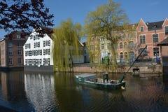 LIER, BELGIEN - APRIL 2016: Ansicht über den Nete-Fluss stockfotos