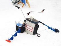 lies för fiskeis bara blockerade vinterzander Metspön och tillbehör Royaltyfri Foto