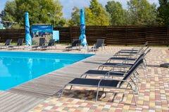 Lieu de repos près de la piscine Photographie stock