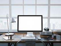 Lieu de travail élégant dans l'intérieur moderne de grenier Photos stock