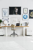 Lieu de travail blanc élégant Photo stock