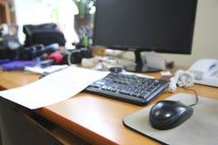 Lieu de travail dans le bureau images libres de droits
