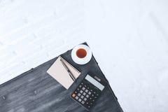 Lieu de travail et concept de comptabilité Photos libres de droits