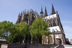 Lieux arrières de la cathédrale célèbre de Cologne photographie stock
