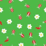 Lieveheersbeestjeworm en bloemen naadloos patroon Royalty-vrije Stock Afbeeldingen